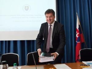 Prijatiu Celoštátnej stratégie ochrany a podpory ľudských práv musí podľa šéfa diplomacie Miroslava Lajčáka predchádzať celospoločenská diskusia. Autor: Robert Hüttner, Pravda